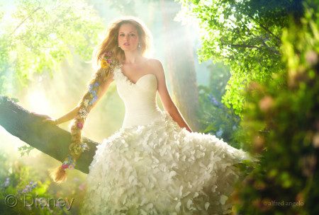 rapunzel-royal-wedding-dress-disney-princess-25581791-1600-1081-ideas-and-design-6